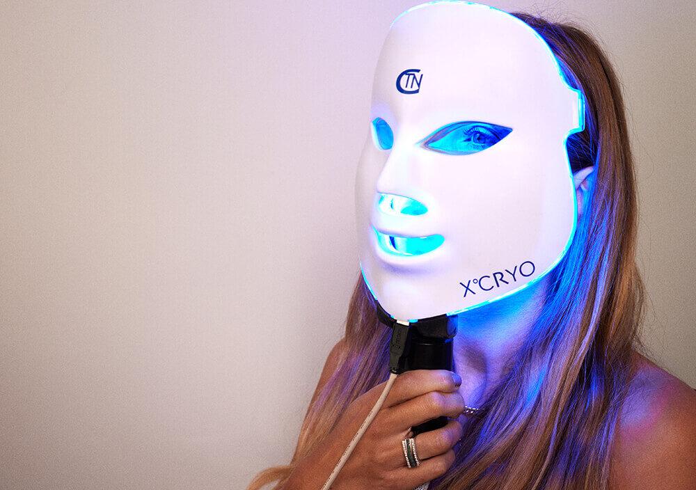Treatment_Cryo-Facial_Woman-with-Cryo-mask
